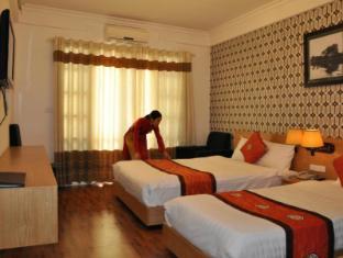 New Star Hotel Hanoi - Triple room