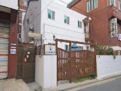 Dongdaemun 2C House Hostel South Korea
