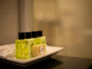 April Suites Pattaya Pattaya - Bathroom Amenities