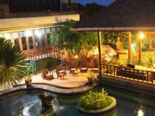 Sanur Seaview Hotel Bali - poolside