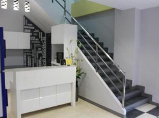 Leesons Residences Manila - Lobby