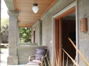 Taman Suci Suite & Villas Bali - Balcony/Terrace