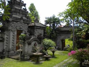Taman Suci Suite & Villas Bali - Surroundings