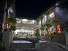 Hotel in Philippines Tagaytay | Phinma Training Center Tagaytay