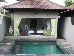 Bali Elephants Boutique Villa Jimbaran Bali - Swimming Pool
