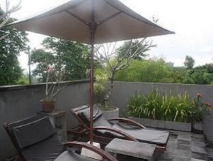 Bali Elephants Boutique Villa Jimbaran Bali - Balcony/Terrace