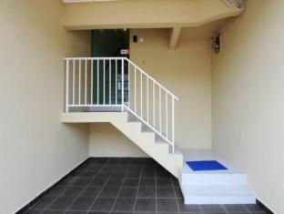 The One Vacation Home Malacca - Exterior