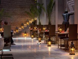 /sv-se/villa-makassar/hotel/marrakech-ma.html?asq=m%2fbyhfkMbKpCH%2fFCE136qQPaqrQ8TR4epHDskeQWkV9xbmY705VAXArEvAzTkheH