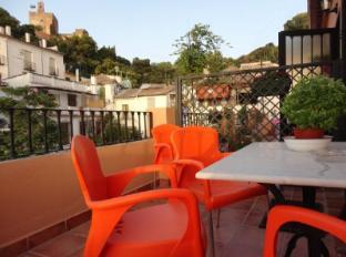 /fi-fi/hostal-apartamentos-venecia/hotel/granada-es.html?asq=vrkGgIUsL%2bbahMd1T3QaFc8vtOD6pz9C2Mlrix6aGww%3d