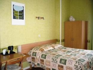 /hotel-le-floreal/hotel/lille-fr.html?asq=jGXBHFvRg5Z51Emf%2fbXG4w%3d%3d