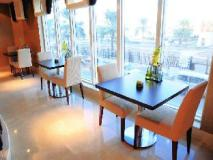 Al Hamra Hotel: coffee shop/cafe