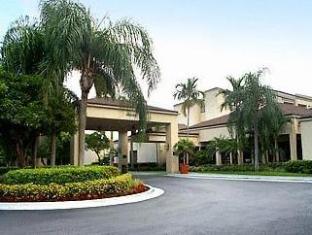 /lt-lt/courtyard-miami-airport-west-doral/hotel/miami-fl-us.html?asq=jGXBHFvRg5Z51Emf%2fbXG4w%3d%3d