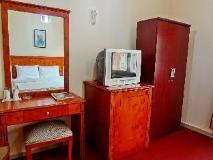 Dana Hotel: guest room