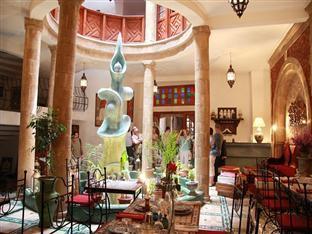 /nl-nl/riad-al-khansaa/hotel/essaouira-ma.html?asq=vrkGgIUsL%2bbahMd1T3QaFc8vtOD6pz9C2Mlrix6aGww%3d