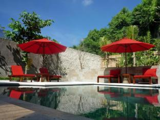 21 Lodge Bali - Swimmingpool