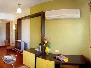 Hotel Golden Swan Mumbai - Room Interior
