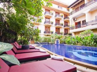 /rithy-rine-angkor-hotel/hotel/siem-reap-kh.html?asq=jGXBHFvRg5Z51Emf%2fbXG4w%3d%3d