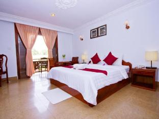 Rithy Rine Angkor Hotel Siem Reap - Deluxe Double Pool View