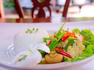 Rithy Rine Angkor Hotel Siem Reap - Food and Beverages