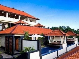 Jimbaran Cliffs Private Hotel & Spa Bali - Cempaka Bay View suite with private pools and day beds