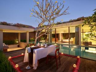 Ziva a Boutique Villa Bali - Romantic Dinner Set Up