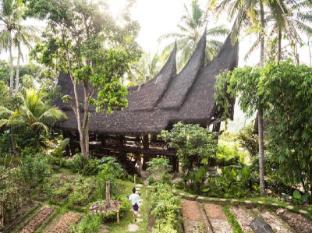 Bambu Indah Hotel