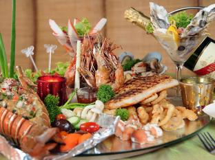 Aldy Hotel Stadhuys Malacca - Chef's Specialty - Seafood Lobster