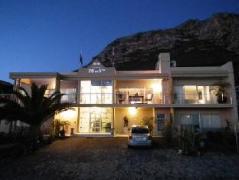 78 On 5th in Hermanus Bed & Breakfast | Cheap Hotels in Hermanus South Africa