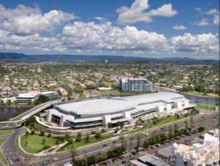 Meriton Serviced Apartments Aqua Street Gold Coast - Gold Coast Convention and Exhibition Center