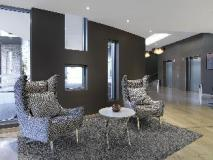 Meriton Serviced Apartments Southport: reception