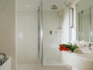 Hotel Bristol Geneva - Bathroom