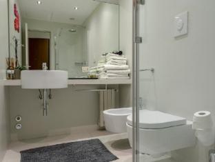 Allegro Apartments Duomo Milan - Bathroom