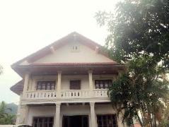 Saysamphanh Hotel | Laos Budget Hotels