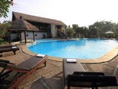 The Seminyak Village Resort | Indonesia Budget Hotels