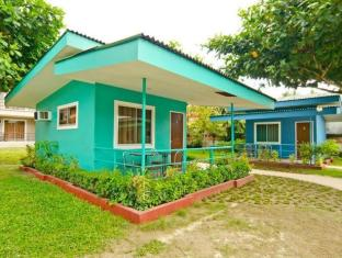 Camp Holiday Resort & Recreation Area Davao City - غرفة الضيوف