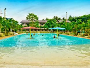 Camp Holiday Resort & Recreation Area Davao City - Peldbaseins