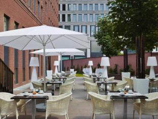 H10 Berlin Ku'damm Hotel बर्लिन - बालकनी/टैरेस