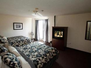 /ja-jp/kensington-college-backpackers/hotel/toronto-on-ca.html?asq=jGXBHFvRg5Z51Emf%2fbXG4w%3d%3d