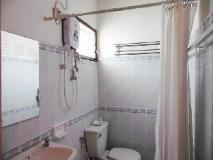 Villa Ban Lao Hotel: bathroom