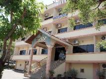 Sisavath Hotel: