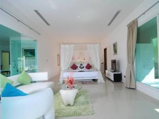 Grand Bleu Ocean View Pool Suite Phuket - 1 Bedroom Ocean View Pool Suite