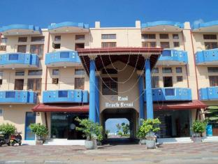 Rani Beach Resort Negombo - Hotel Front View