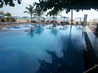 Rani Beach Resort Negombo - Swimming Pool