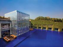 The Oberoi Hotel Gurgaon: exterior