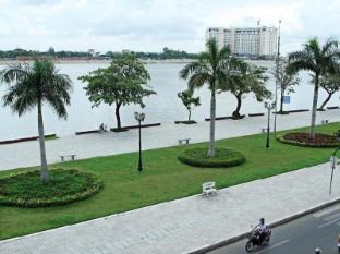 /th-th/river-star-hotel/hotel/phnom-penh-kh.html?asq=m%2fbyhfkMbKpCH%2fFCE136qb9SJquNOSlWLR8obMjqM4dD0XQ6yaH8Z0CMmJGZ1raB
