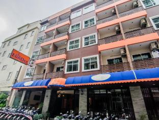 FunDee Boutique Hotel Patong פוקט - בית המלון מבחוץ