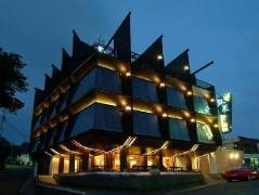 Moon Shy Kenting Boutique Hotel | Taiwan Budget Hotels