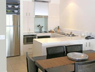 The Boutique Collection at the Beach Club Luxury Private Apartments Cairns - Kitchen