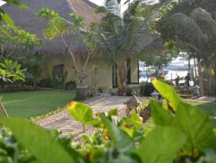 Tamarind Beach Bungalows Bali - Garden