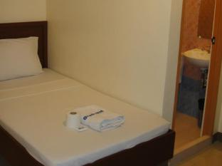 Blue Velvet Hotel & Cafe Davao City - غرفة الضيوف